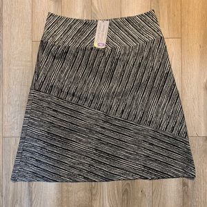 Black and White Striped Skirt, New w/ Tags, XL